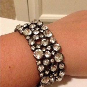 Stretchy jewel bracelet